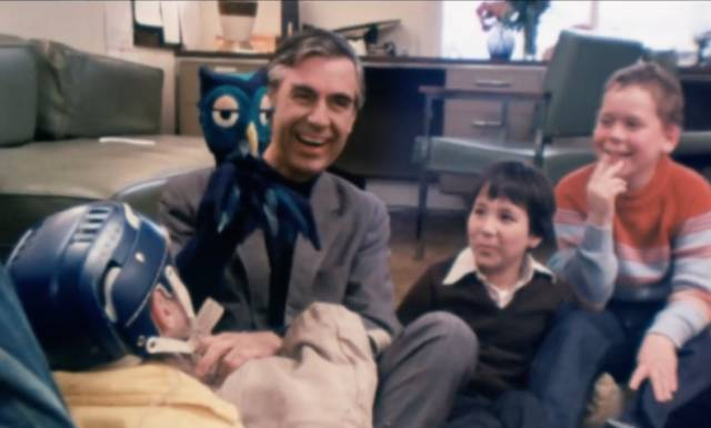 Wholesome Facts About Fred Rogers, The Friendliest Guy Out There