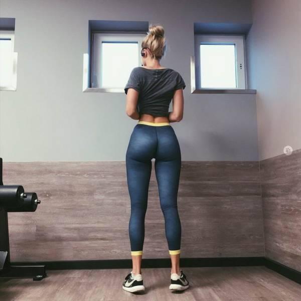 Yeah, Move Those Yoga Pants!