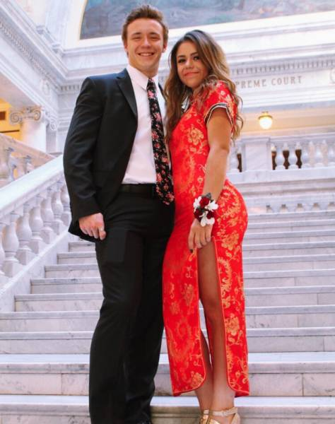 Girl Blamed For Racism Because Of Wearing A Chinese Dress To Prom