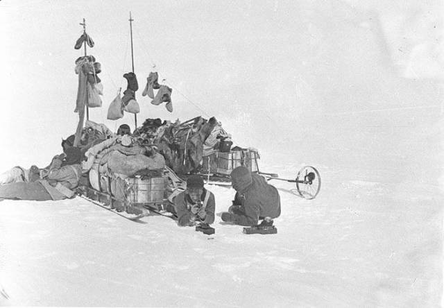 First Australasian Antarctic Expedition Looked Like This More Than 100 Years Ago
