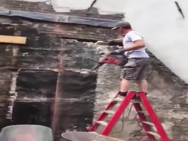 This Guy Has So Much To Learn About Construction…