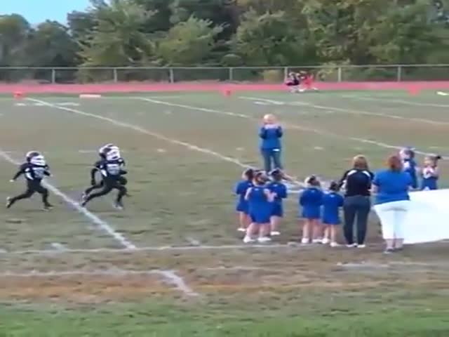 Pee Wee Football At Its Finest