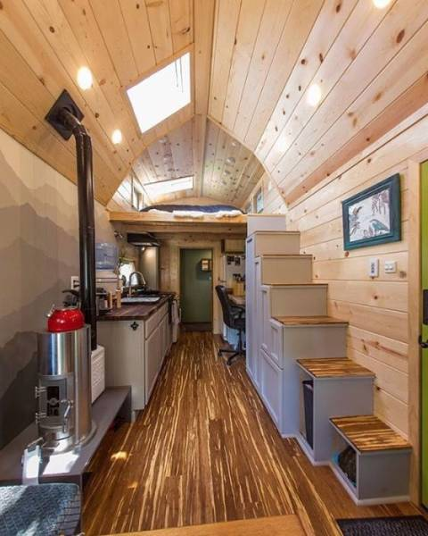 Houses On Wheels Can Actually Be Pretty Cozy