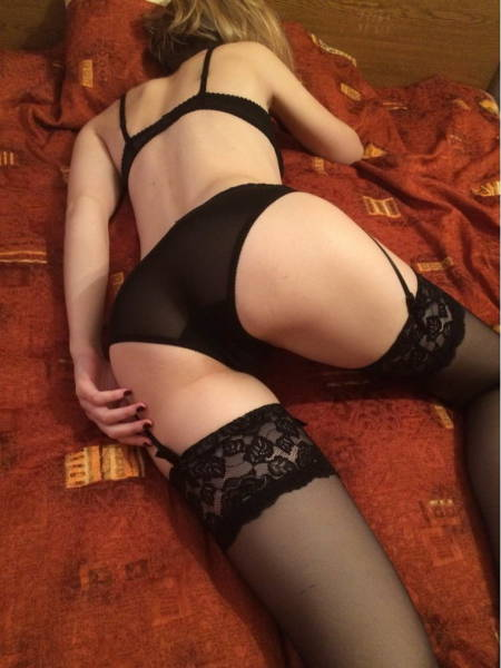 Girls Trying Their Lingerie On Is A Mesmerizing Sight!