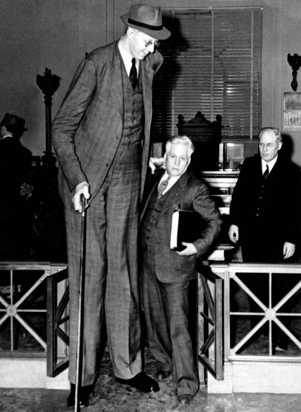 This Is Robert Wadlow, The World's Tallest Man That Ever Lived