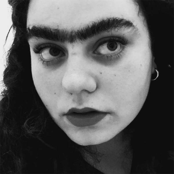 Unibrows – When You Thought Nothing Can Be More Wrong With Fashion