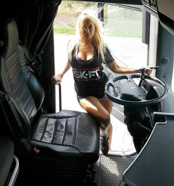 isn t she an adorable truck driver 10 pics. Black Bedroom Furniture Sets. Home Design Ideas