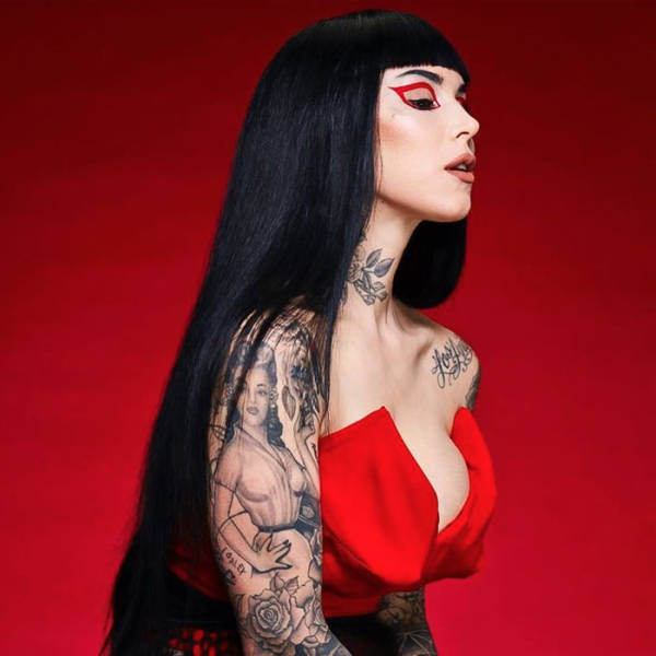 Kat Von D Claimed That Her Unborn Child Will Be Raised Vegan And Without Vaccines, Got Controversial Response From The Internet