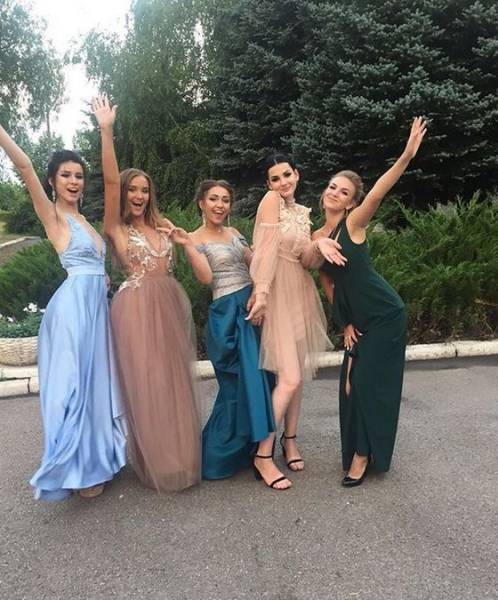 Russian Proms Are Mighty Hot, You Know