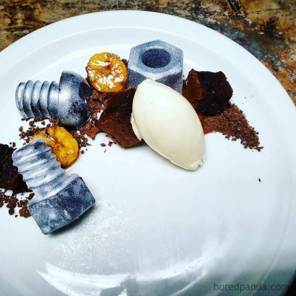 These Desserts Are As Unattractive As They Are Delicious!