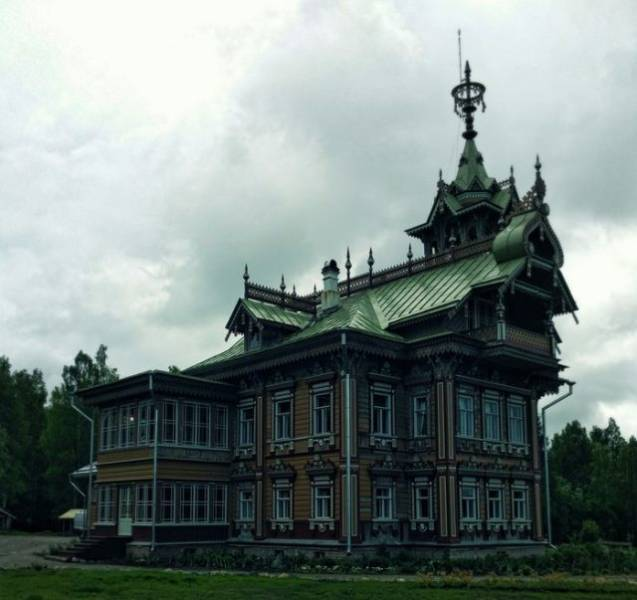 A Peasant's Palace From 19th Century Brought Back To Life