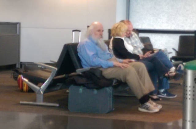 Some People Still Manage To Have Fun At The Airports