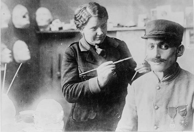 This Woman Gave A Second Chance To So Many Soldiers Whose Faces Were Severely Injured In World War I