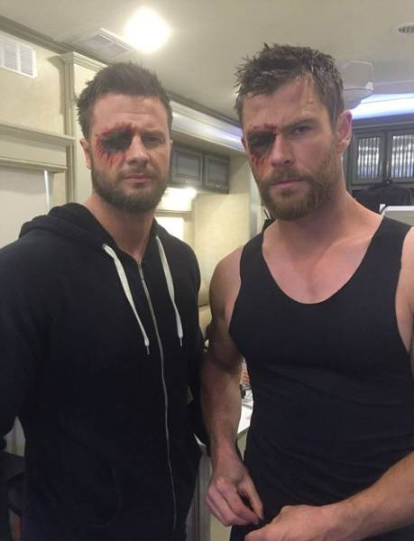 Actors Joined By Their Stunt And Body Doubles 25 Pics