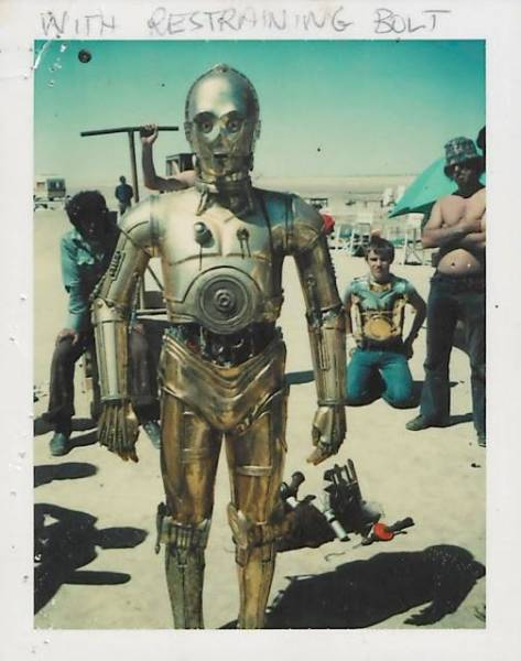"""Rare Polaroids From The Set Of """"Star Wars: Episode IV – A New Hope"""""""