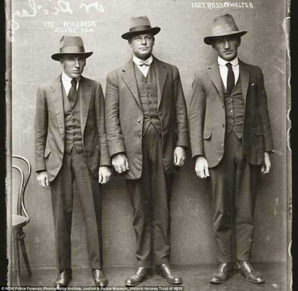 Historical Photos Of Menacing Gangsters