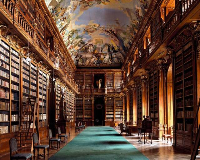 Take A Look At The World's Most Beautiful Libraries