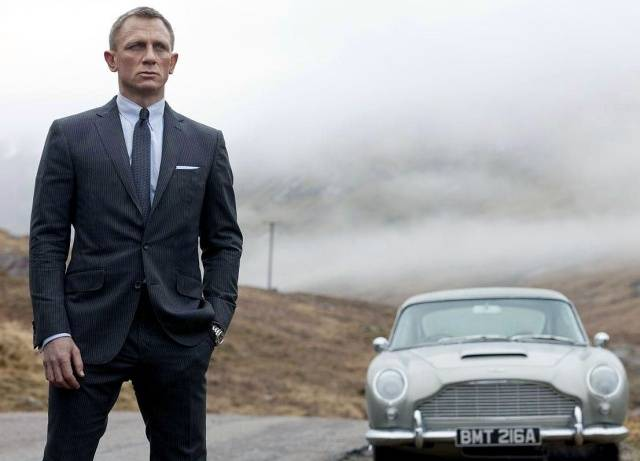 Daniel Craig Is Not Very Bond-Looking At The Moment