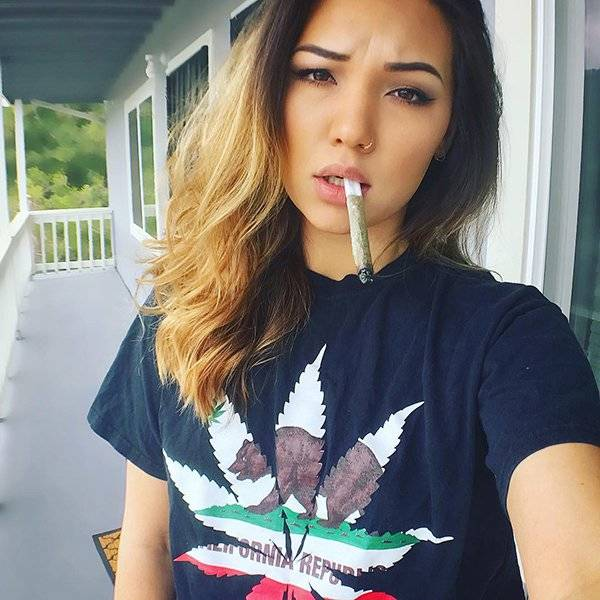 Weed Is Now Legal In Canada And These Girls Are LITERALLY