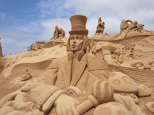 Even Sand Can Be Turned Into Art