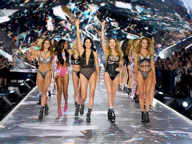 Victoria's Secret Fashion Show In Full Glory