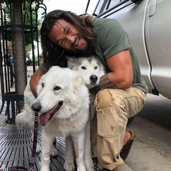 Jason Momoa Absolutely Loves Stealing Women From Their SO's