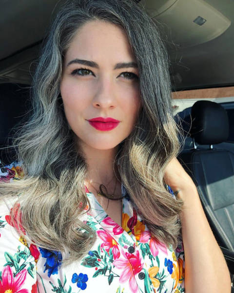 Women With Natural Gray Hair Are In Trend Again!