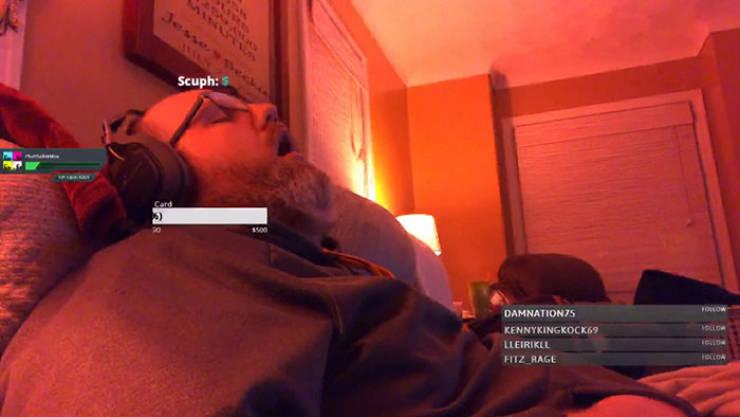 Falling Asleep On Stream Can Make You Popular!