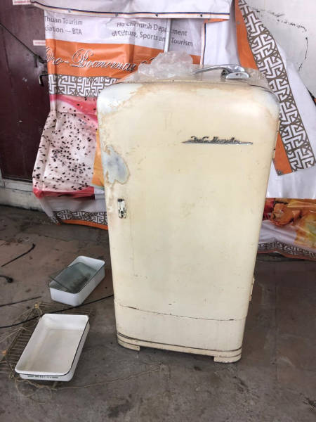 How To Restore An Old Refrigerator