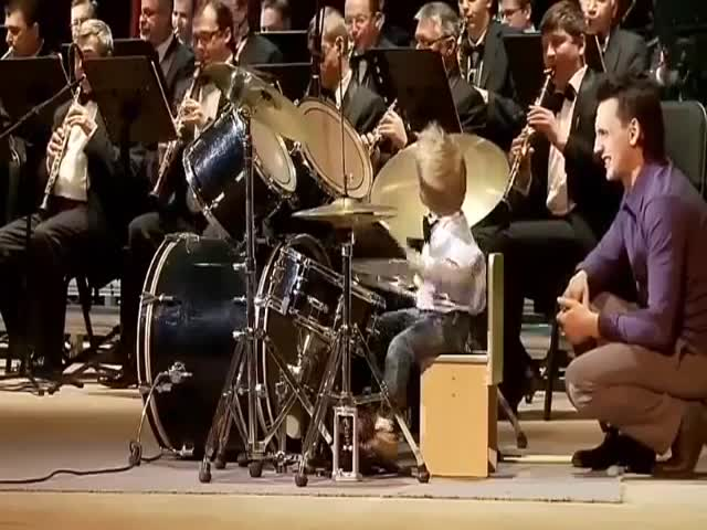 This Kid Will Drum His Way Into The Bright Future