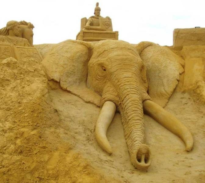 These Fantastic Sand Sculptures Are Every Child's Dream
