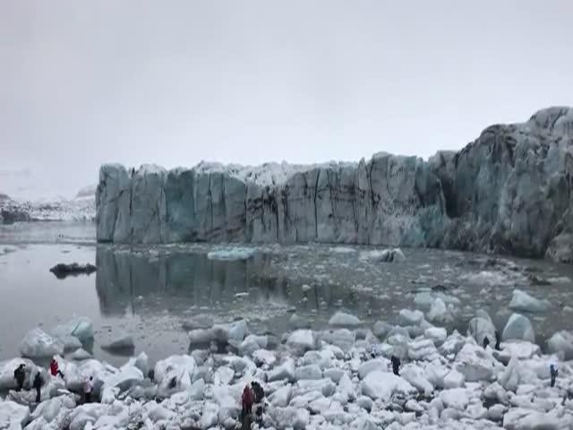 Glacier In Iceland Makes Everyone Run