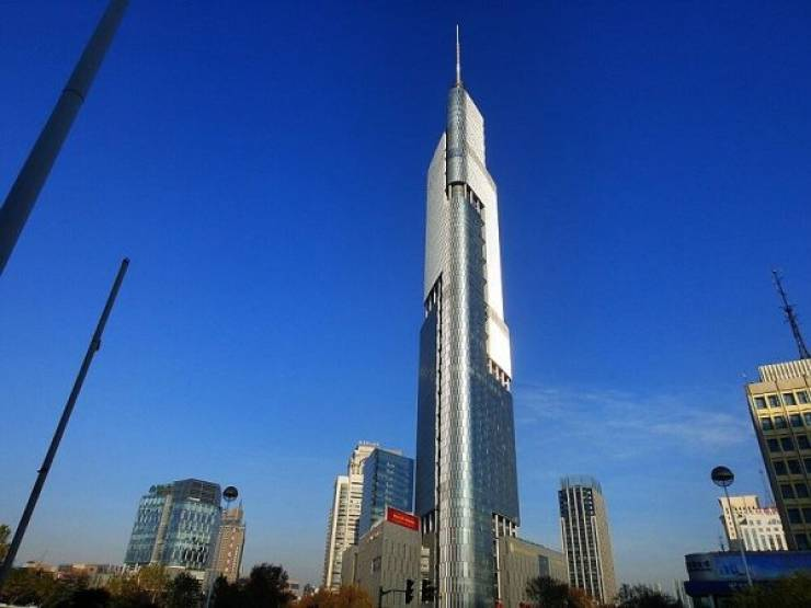 You Can't Miss The Tallest Buildings In The World