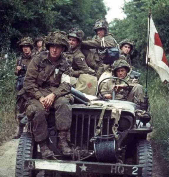 World War II Photos, But In Color (30 pics) - Picture #2