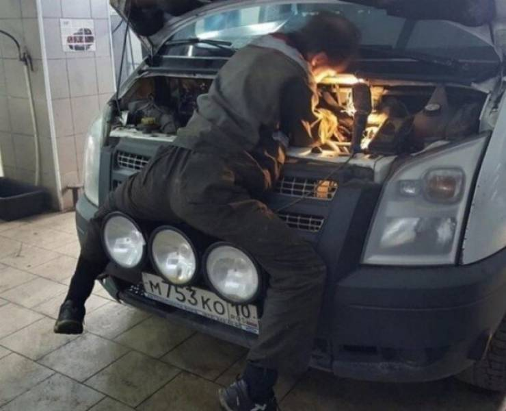 You Wouldn't Want To See Your Car Being Repaired Like This