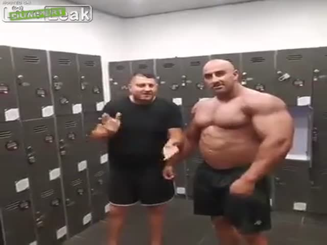 How To Troll A Bodybuilder