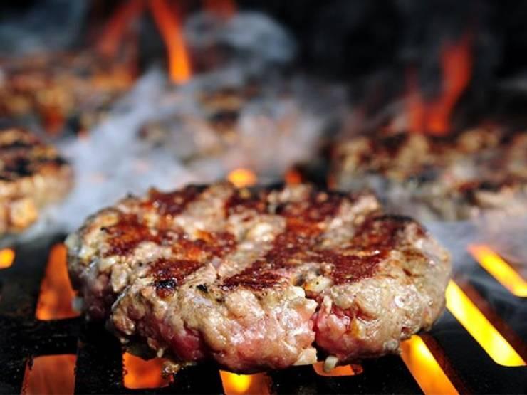 Chefs Reveal The Perfect Burger Secrets