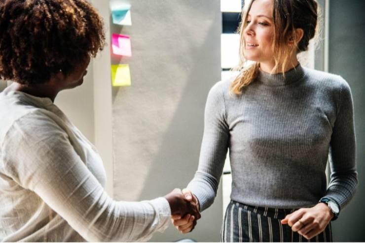 10 Effective Ways to Earn Customer Loyalty
