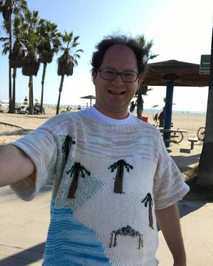 Guy Creates Sweater Copies Of Famous Places And Then Travels There