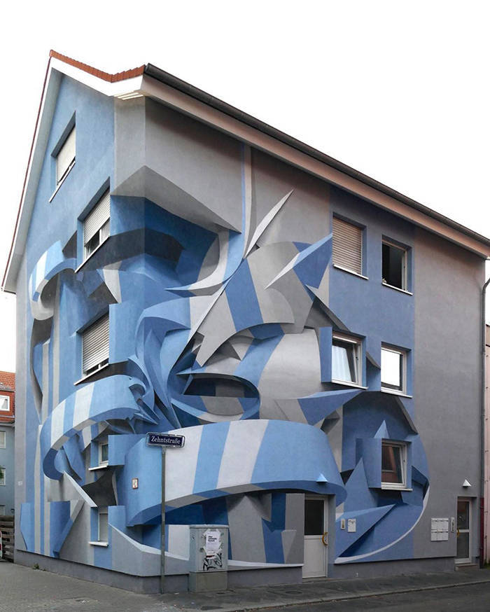 Street 3D-Artist Bends Reality With His Optical Illusions
