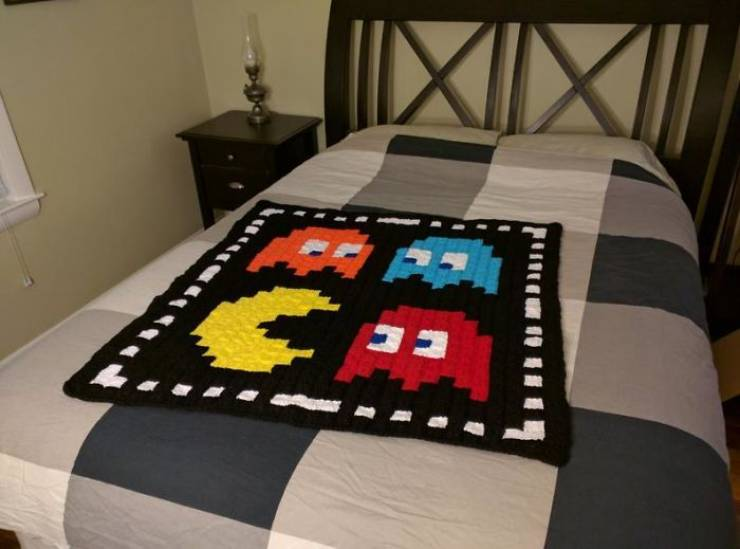 Retro Gamers Will Definitely Want One Of These Crocheted Blankets!