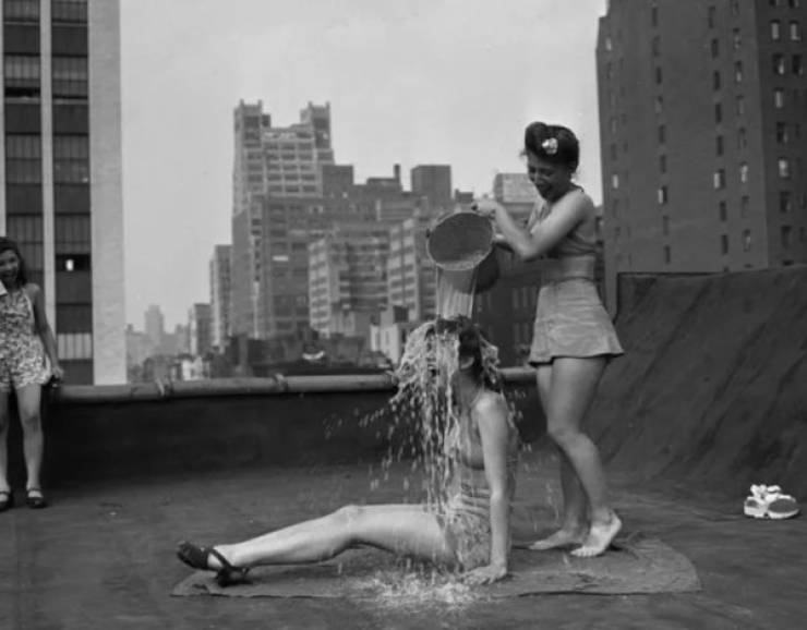 Vintage Photos Show How Our World Changes