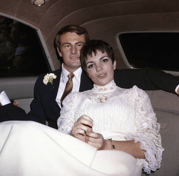 Take A Look At Glorious Celebrity Weddings Of 20th Century