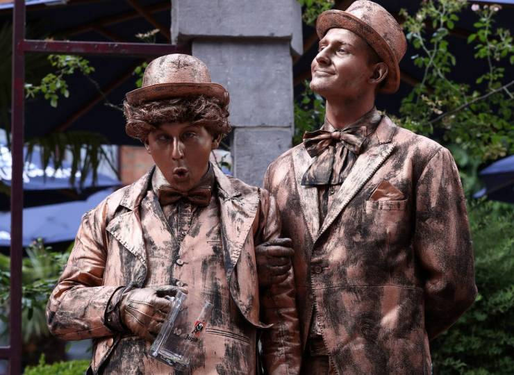 Living Statues From Belgium
