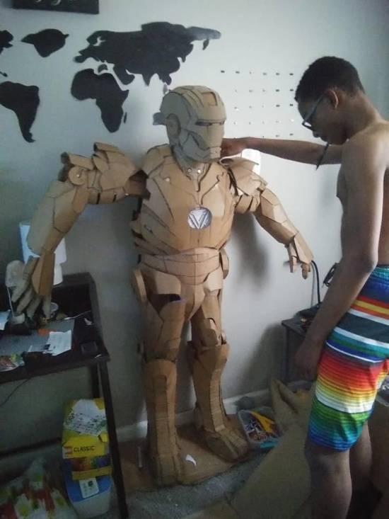 Need That Iron Man Costume? Use Cardboard And Glue!