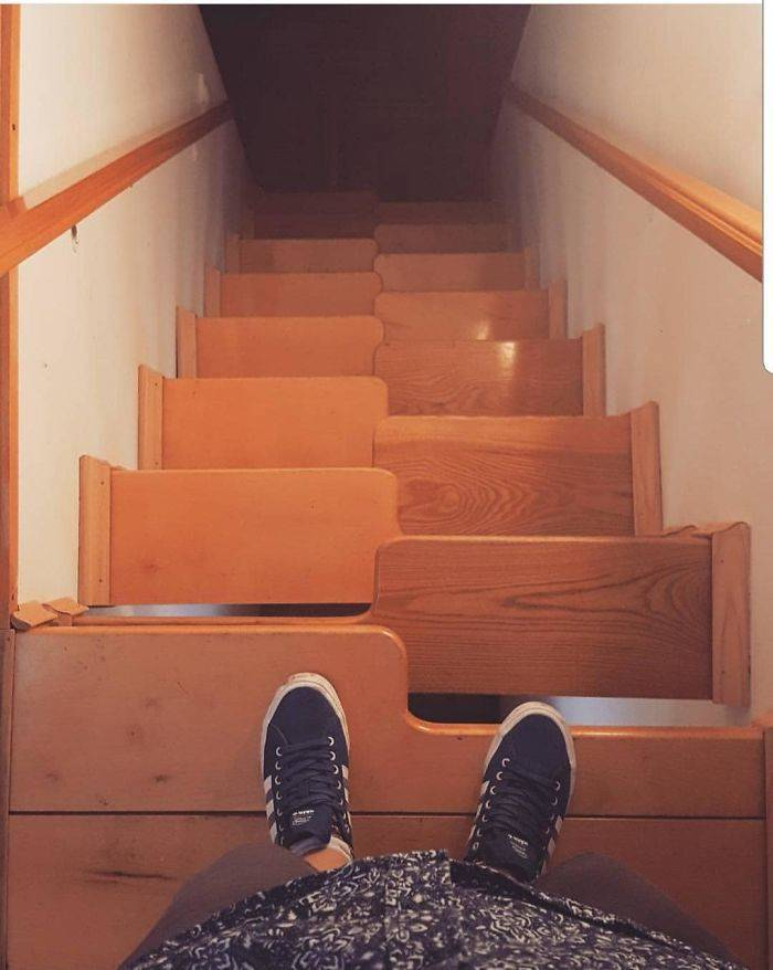 Those Who Created These Stairs Must Really Hate Other People