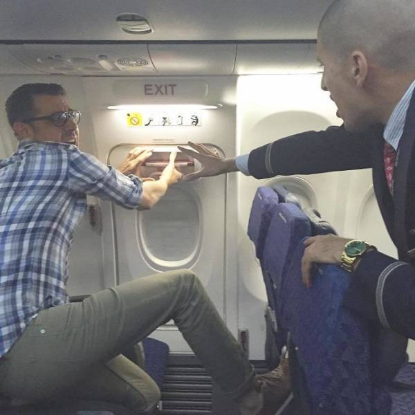Artist Trolls Awful Airplane Passengers With His Witty Photos