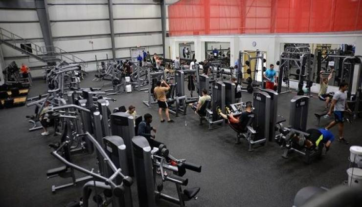 Don't Be The Person Who Does This At The Gym