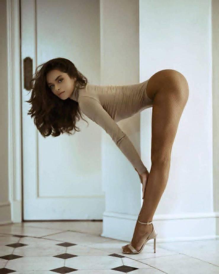 Long Leg Porn