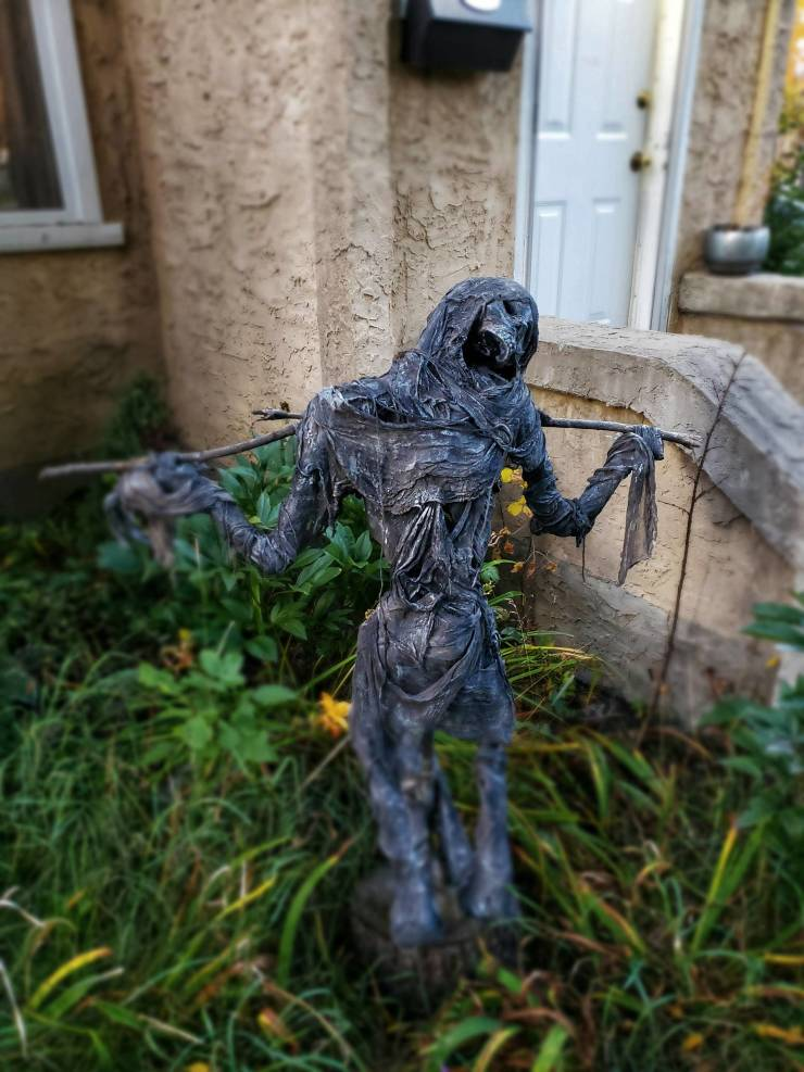 A Guide To The Best DIY Halloween Decorations